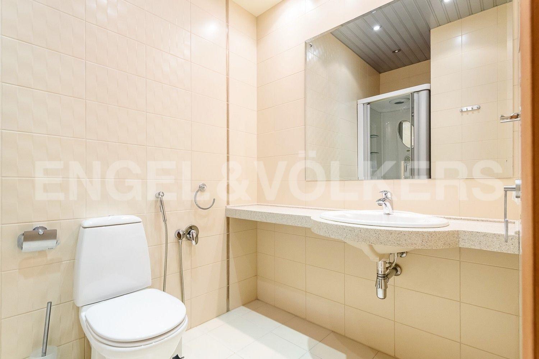 Элитные квартиры на . Санкт-Петербург, Морской пр., 11. Ванная комната с душевой