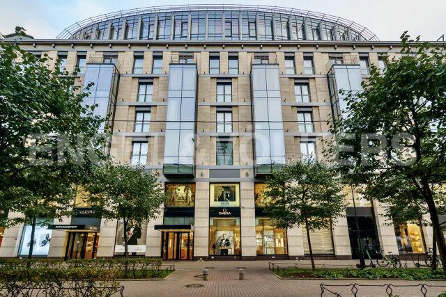 Невский пр., 152А – в центре культурной и деловой жизни Петербурга
