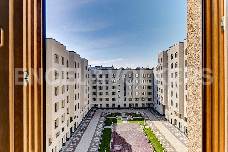 Элитные квартиры в Центральном районе. Санкт-Петербург, Басков пер., д. 2. Закрытый внутренний двор