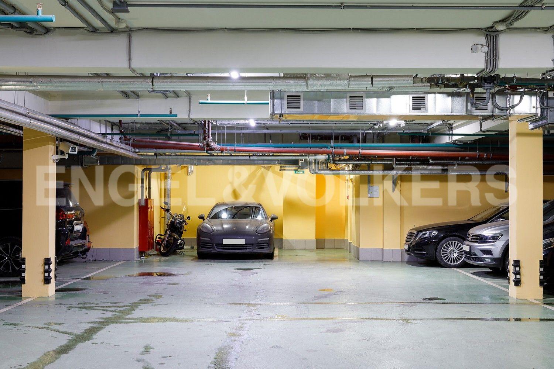 Элитные квартиры на . Санкт-Петербург, пр. Динамо, 4. Подземный паркинг