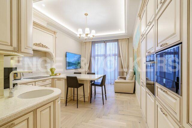«Венеция» – Ваш абсолютный комфорт в доме на набережной