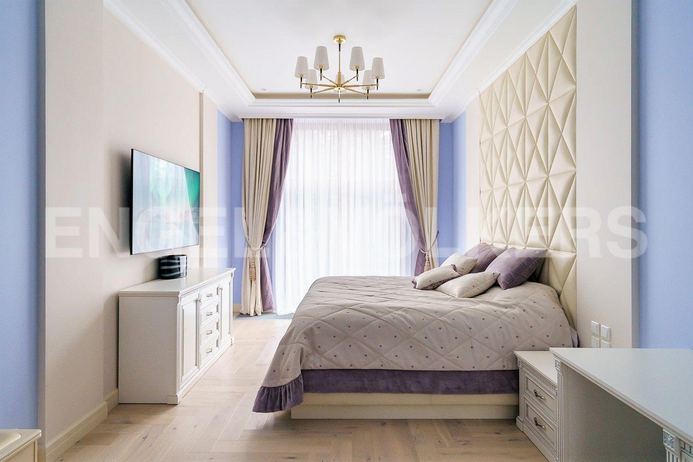 Элитные квартиры на . Санкт-Петербург, ул.Депутатская, д. 26. Мастер-спальня
