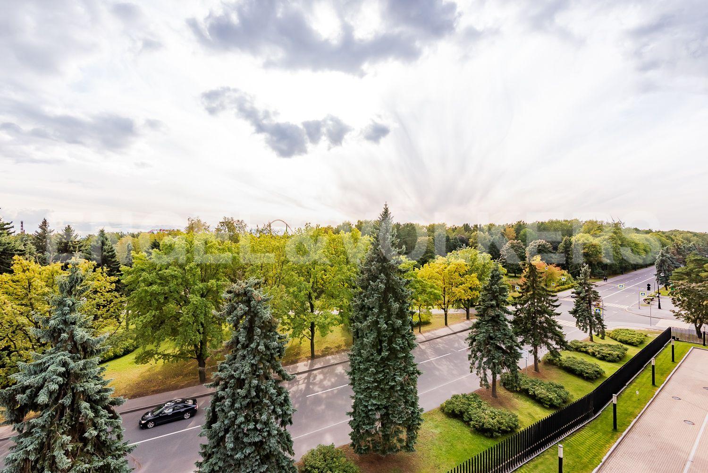 Элитные квартиры на . Санкт-Петербург, наб. Мартынова, 74. Вид на Приморский парк Победы