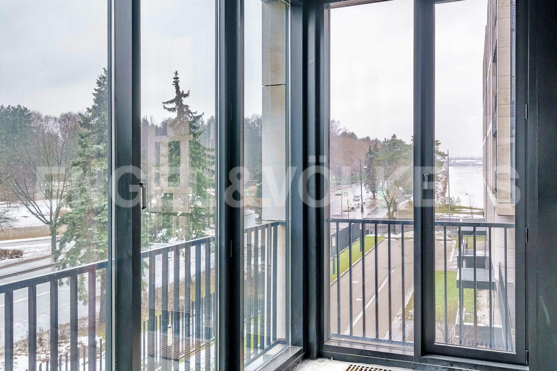 Элитные квартиры на . Санкт-Петербург, наб. Мартынова, 74. Вид на Гребной канал