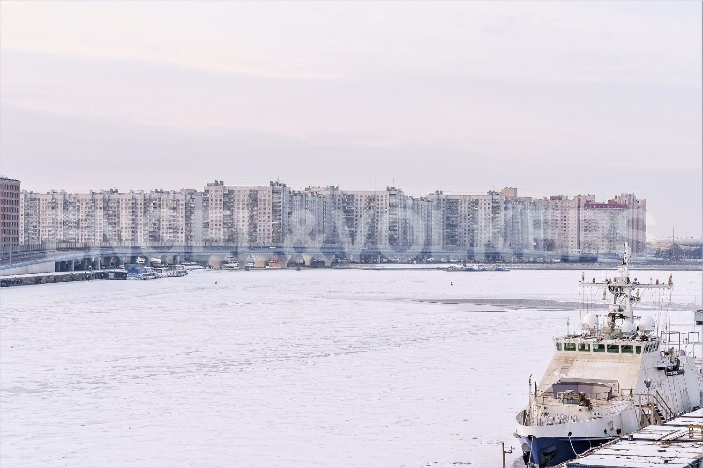 Вид в сторону Васильевского острова