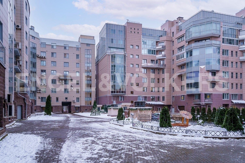 Элитные квартиры на . Санкт-Петербург, Крестовский пр., 15. Благоустроенная внутренняя территория