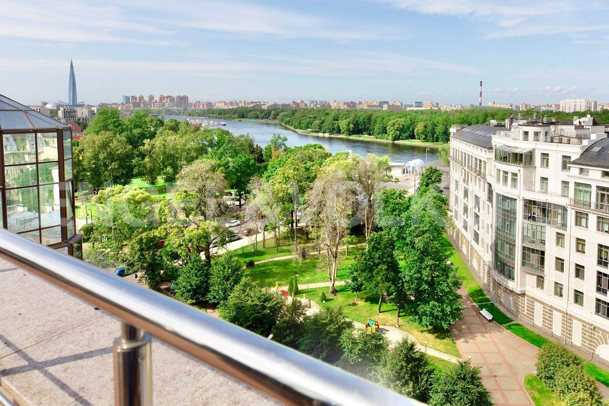 Вид с открытой террасы