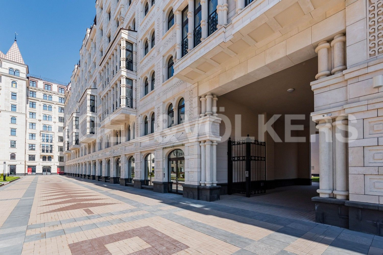 Элитные квартиры в Центральном районе. Санкт-Петербург, Басков пер., д. 2. Авторские фасады