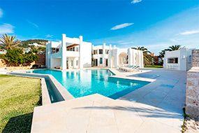 Рынок недвижимости на Ибице: Международный спрос обеспечивает стабильные цены