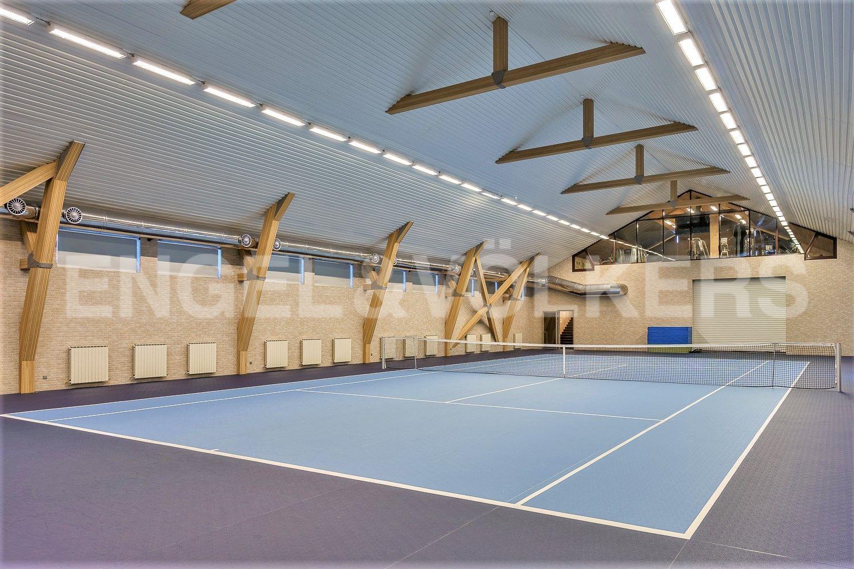Ala Kirjola. Зимний теннисный корт